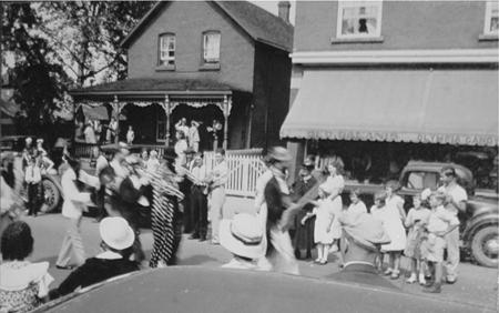 Our North Bay Garage.  Clown Band