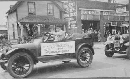 My first Motor Trip was in This Car with Harry Pedder. 1915.  Mr. & Mrs. Paddy Jessup